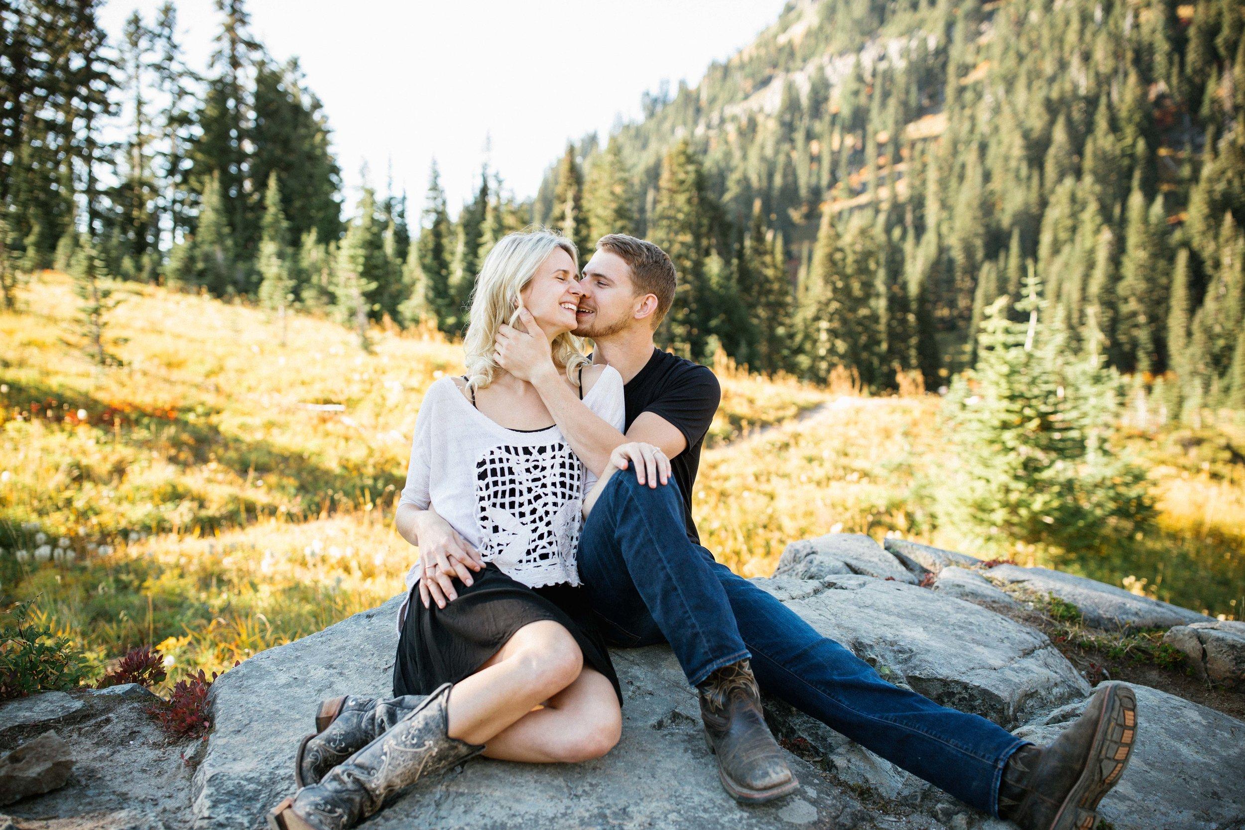 Alexis&Kyle-Engaged!BLOG-36.jpg