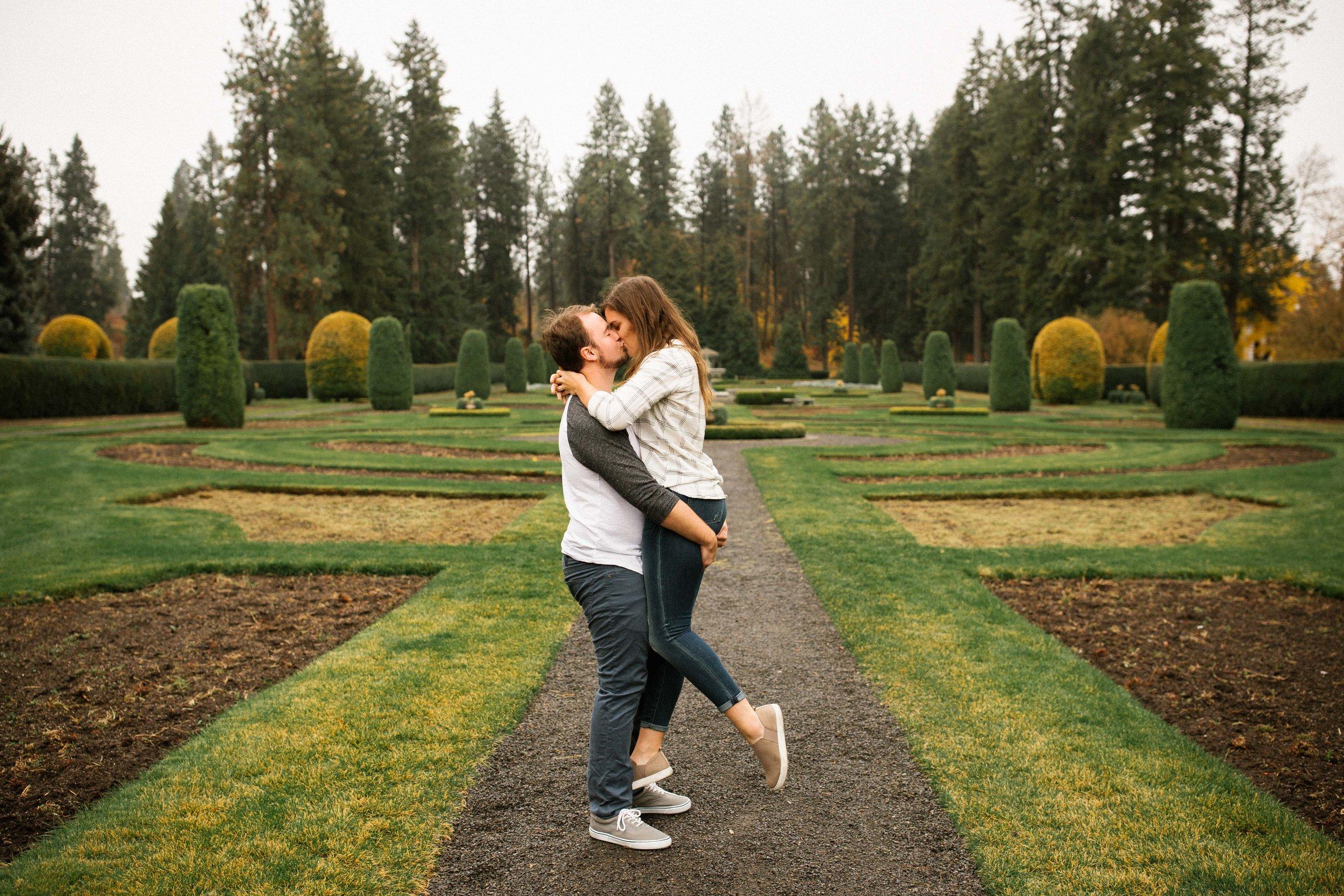 Madi&Garrett-Engaged!BLOG-31.jpg