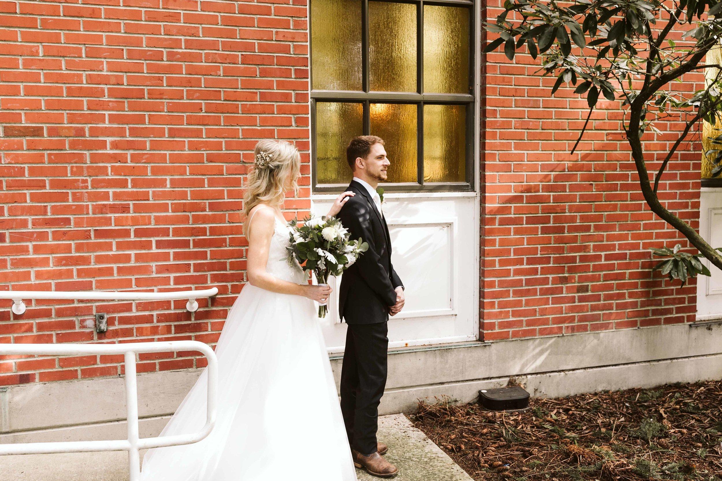 kilworth-memorial-chapel-wedding-19.jpg