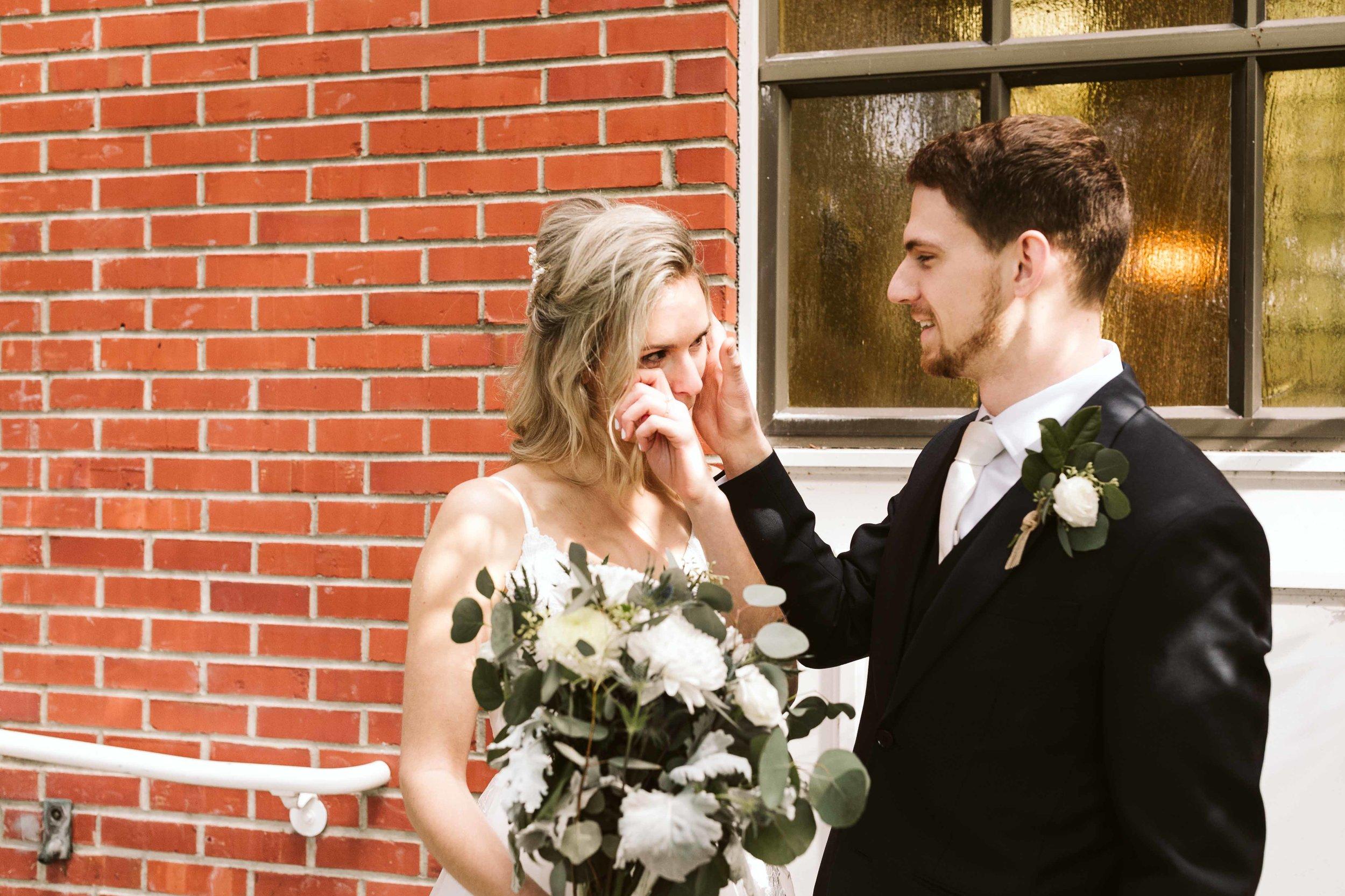 kilworth-memorial-chapel-wedding-26.jpg