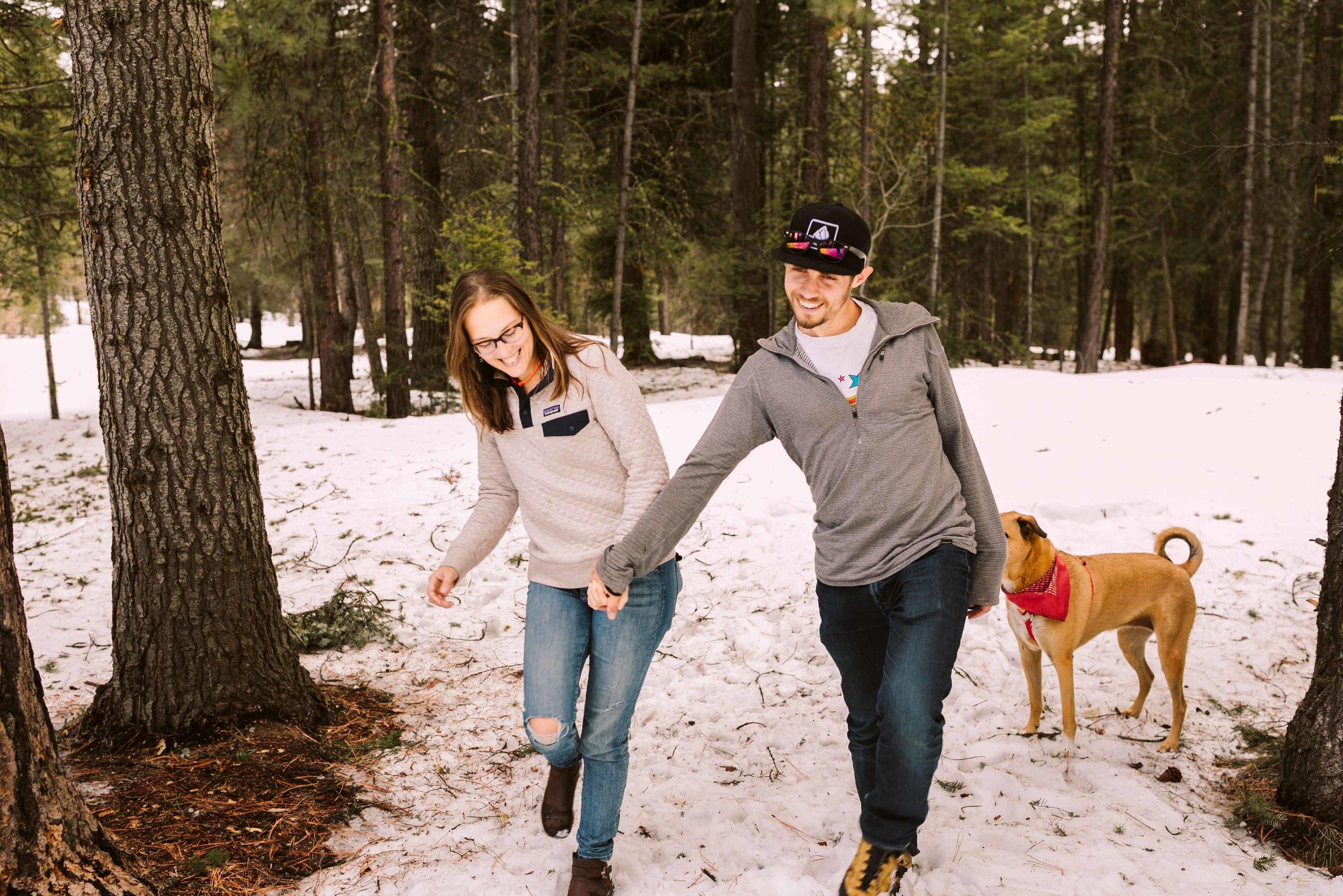 snowshoe-engagement-photos-10.jpg