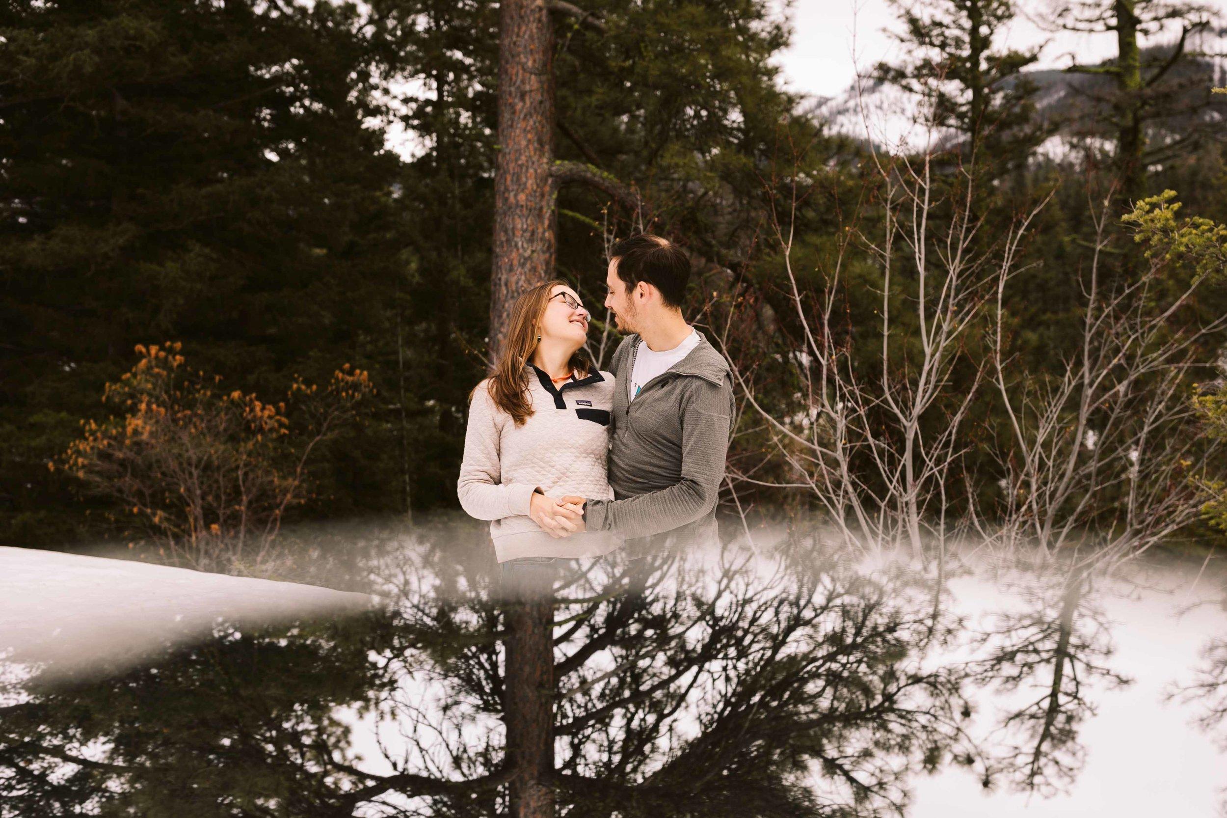 snowshoe-engagement-photos-31.jpg