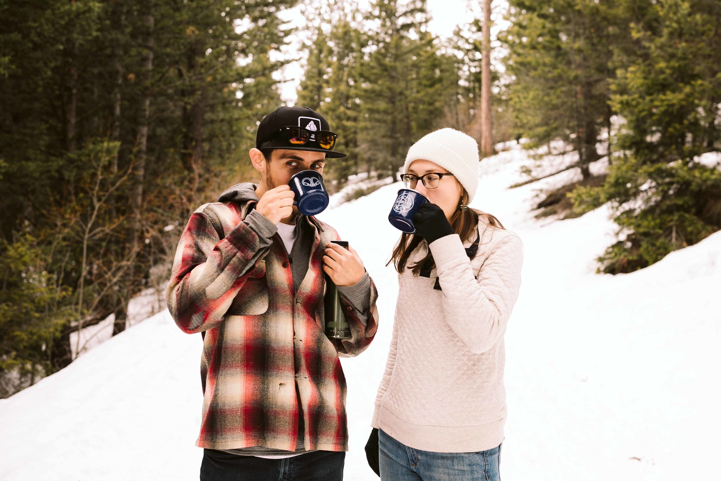 snowshoe-engagement-photos-35.jpg