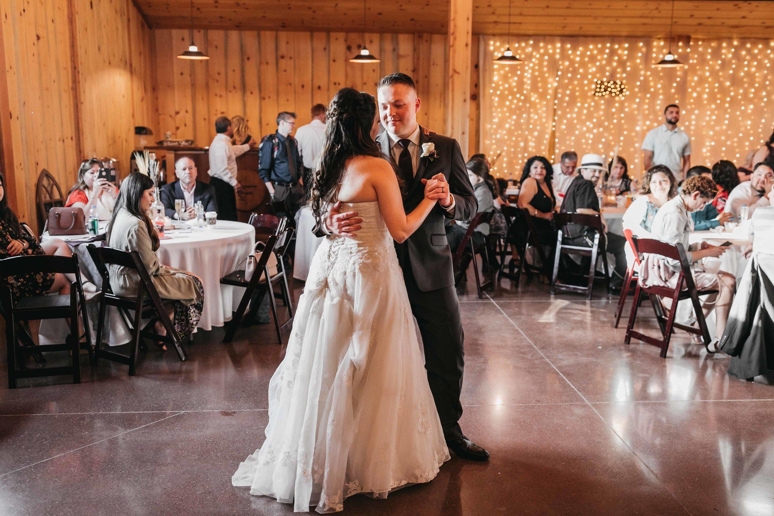 tuncannon-cellars-wedding-102.jpg