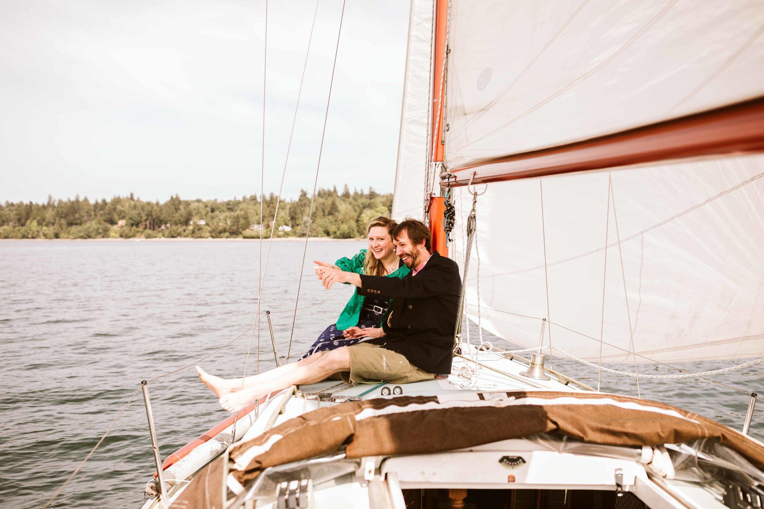 sailboat-engagement-photos-11.jpg