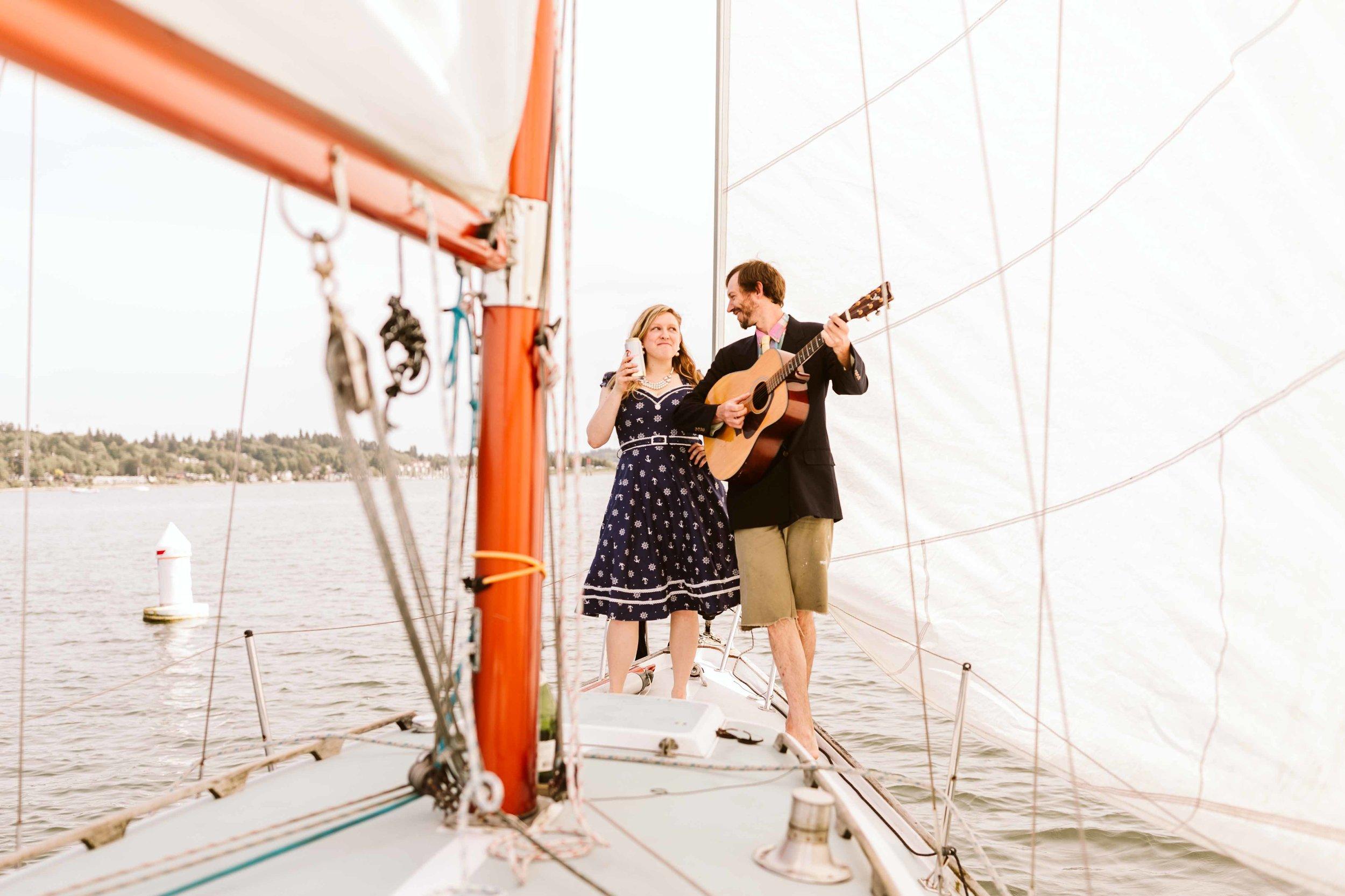 sailboat-engagement-photos-16.jpg