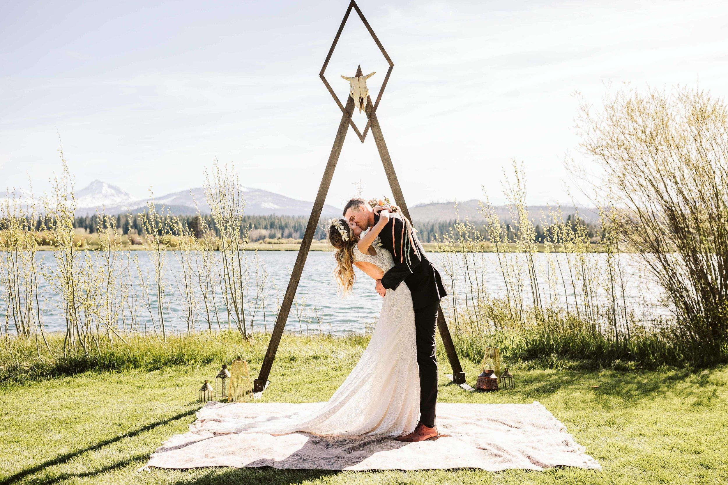 bend-oregon-wedding-photographer-53.jpg
