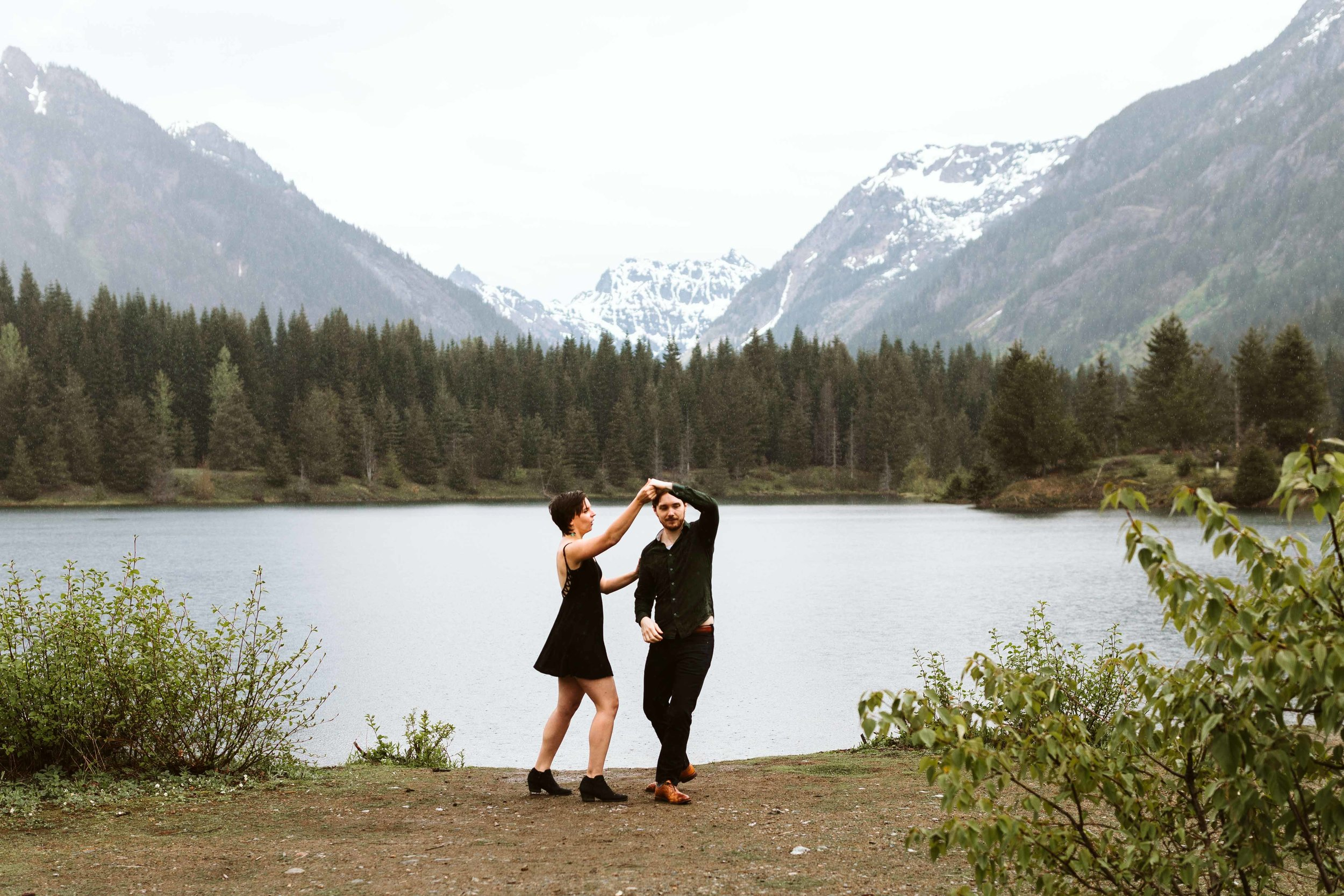 gold-creek-pond-trail-engagement-55.jpg