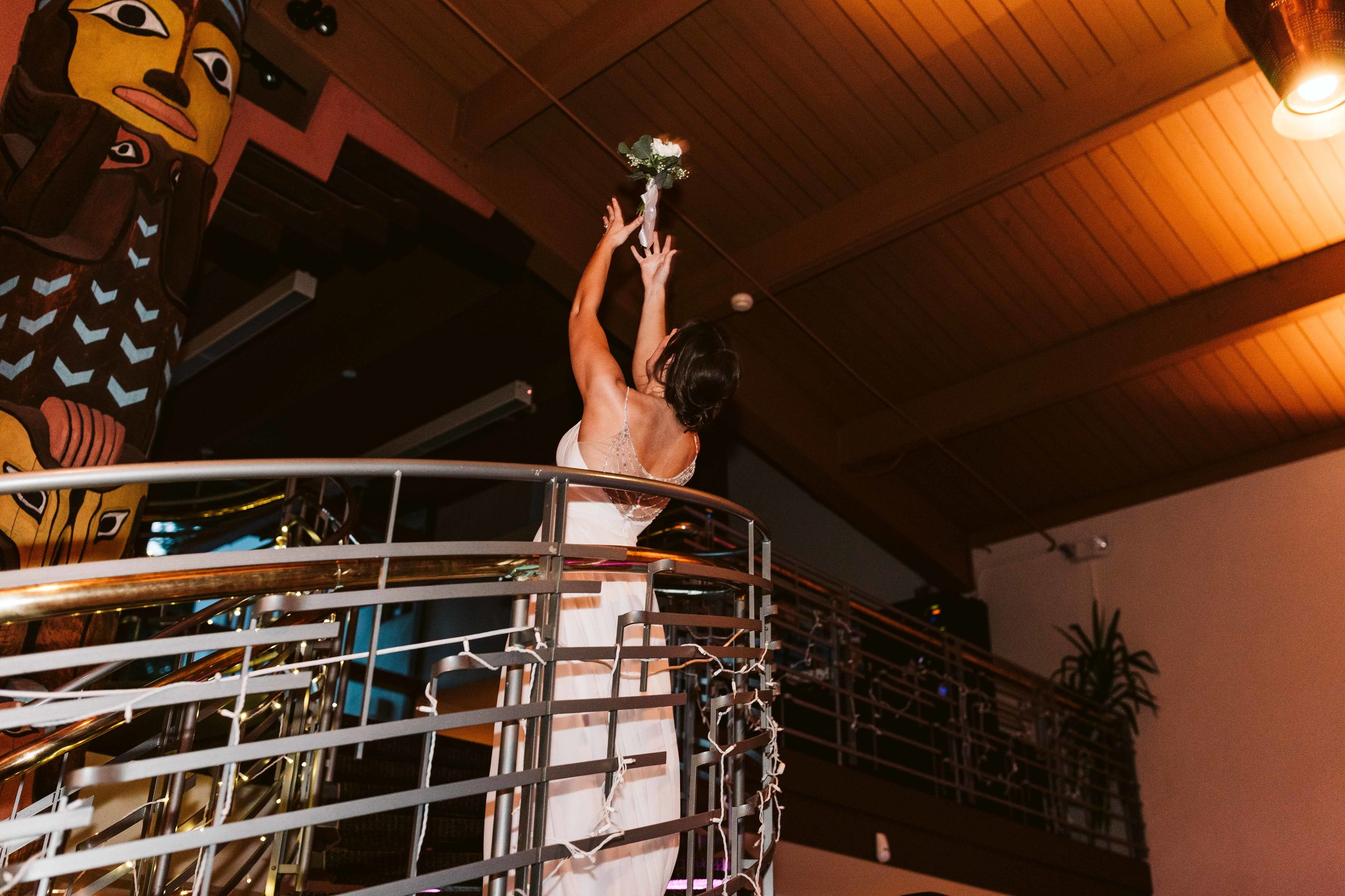 lake-wilderness-lodge-wedding-105.jpg