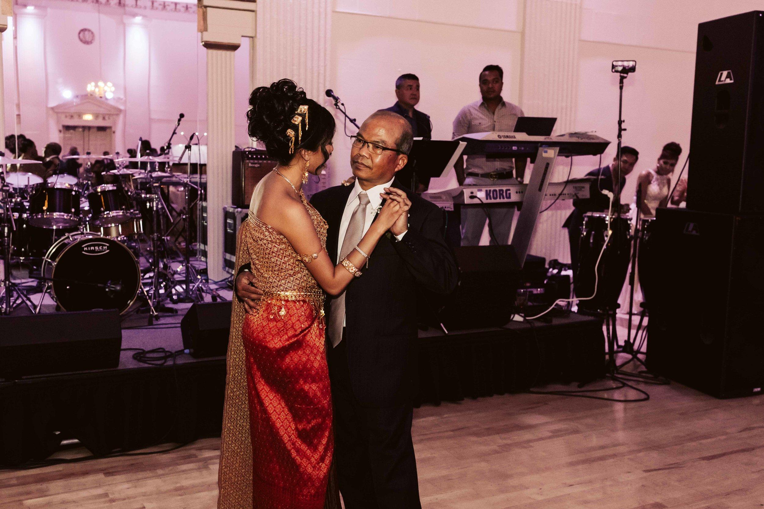 melody-ballroom-portland-wedding-106.jpg