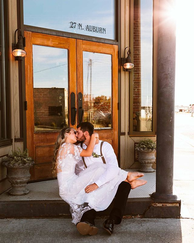 Edited some more fun shots from last week's styled shoot in Downtown Kennewick! ⠀ ⠀ These two were an absolute dream and that sunshine is exactly what I love chasing. ⠀ ⠀ I was just chatting with my husband about being apart of a photog community and hanging out when I was invited to this lovely event. Got to take fun shots of Brooke and her BF and spend with some these lovely local photogs. So fun! ⠀ ⠀ This shoot is now on the blog! ✌🏻 Florals - @luxurybloomsfloraldesign  MUA - @mubymika Hair - @connie.delamora  Calligraphy - @alenakorotkov Photography - @sarahjane_brown  Model - @brooke_goodpastor and BF  #tcxstyled
