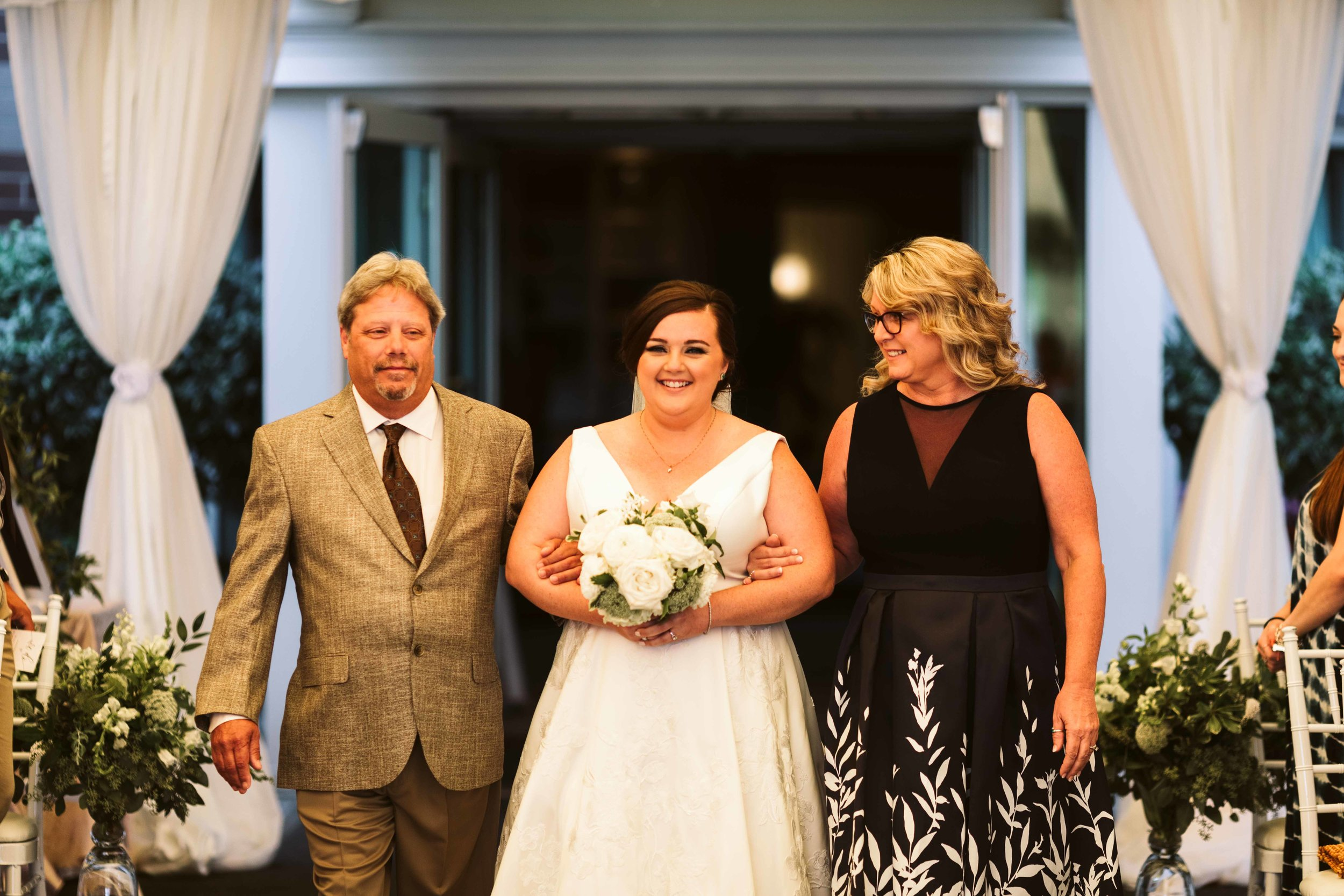 the-woodmark-hotel-wedding-48.jpg