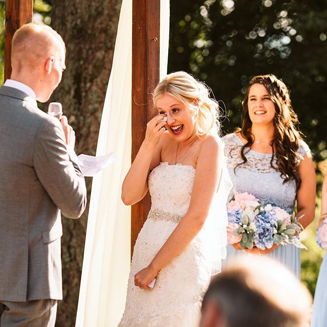 "All the feels from Kyla & Jason's wedding ceremony 😍😍😍⠀ ⠀ So fun fact: I got to hear both of their vows before the ceremony. The mega awesome videographers, @roamarrowweddingfilms , wanted them to speak their vows into the mic for their wedding video before the ceremony so I got a little Sneak Peek. ⠀ ⠀ Oh. My. Goodness. They both were so incredible and you could just feel all the love them have for each other. These two are some of my favorite people and it was such an honor to capture their big day. ⠀ ⠀ I also love how they call their future kids ""little nuggets"" ❤️ ⠀ ⠀ I believe Jason was saying in this photo, ""Here is the key to my heart, don't loose it because I didn't make any duplicates!"" So adorable and so heart warming. ⠀ ⠀ Loving editing their wedding tonight 🙌🏻⠀ ⠀ . . . #weddingphotographer #engaged #howheasked #weddingseason #destinationwedding #weddinginspo #engagementphotographer #engagementseason #seattleweddingphotographer #bellinghamweddingphotographer #snohomishweddingphotographer #oregonweddingphotographer #washingtonweddingphotographer #couplessession #pnwedding #seattlebride #weddingday #vows #weddingceremony #realbride"