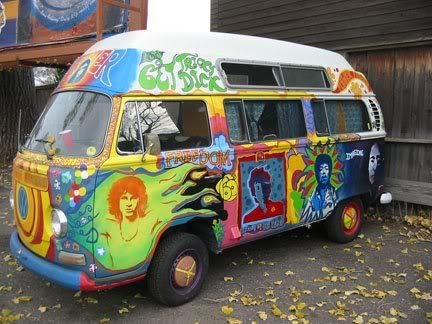This bus painted classic rock legends, like Jim Morrison, Jimi Hendrix, John Lennon, and Bob Dylan.