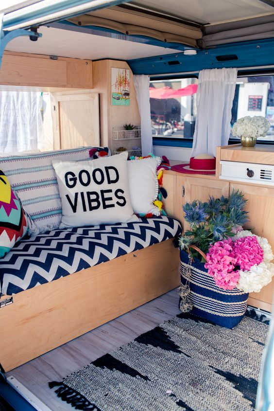 Even bloggers have gotten in on the VW craze! California blogger Liz Cherkasova of  Late Afternoon Blog  owns a blue Westfalia that she calls fittingly, Baby Blue!