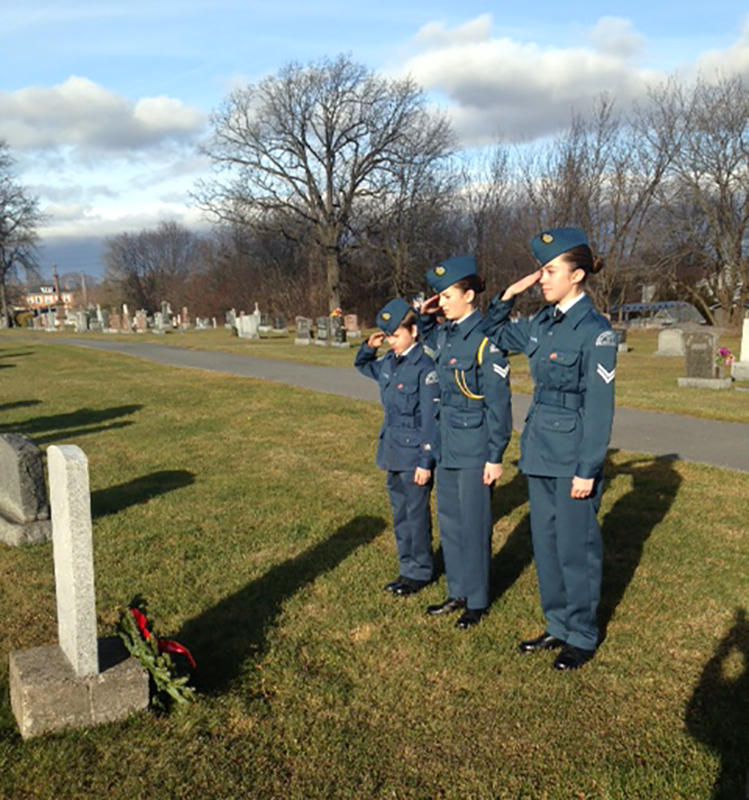 12 December 2015: 379 Cadets were out laying wreaths at headstones of North Glengarry veterans as part of the Wreaths Across Canada project.