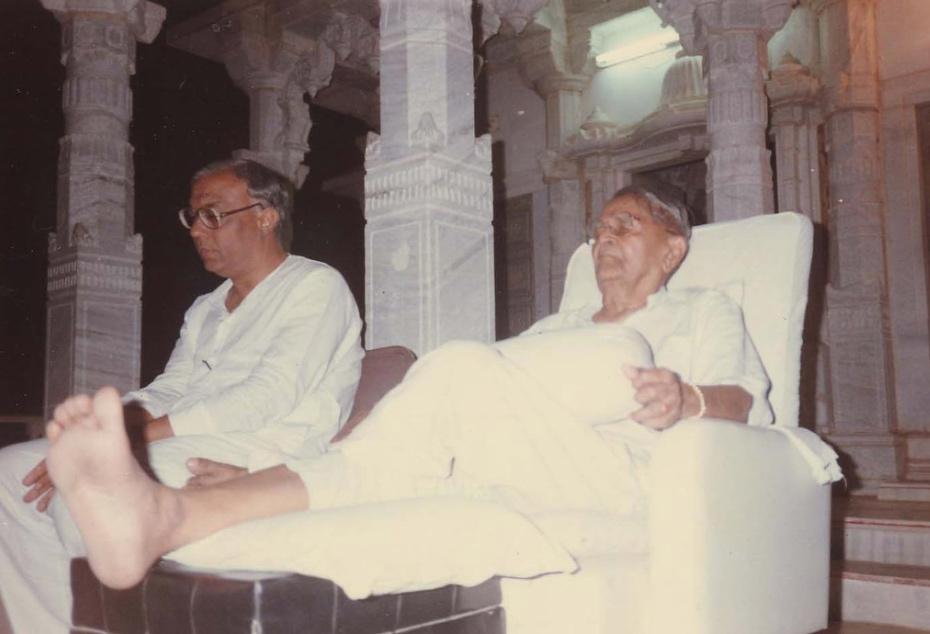 Bapuji and Bhaishree 1.jpg