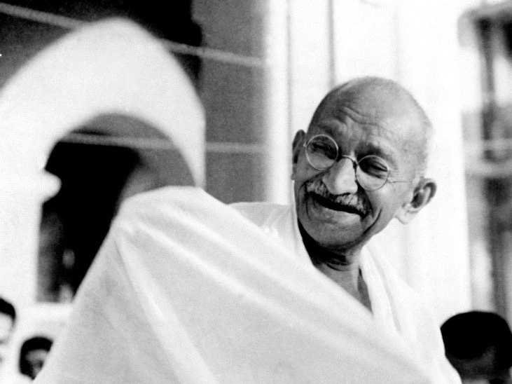 mahatma-gandhi-laughing.jpeg