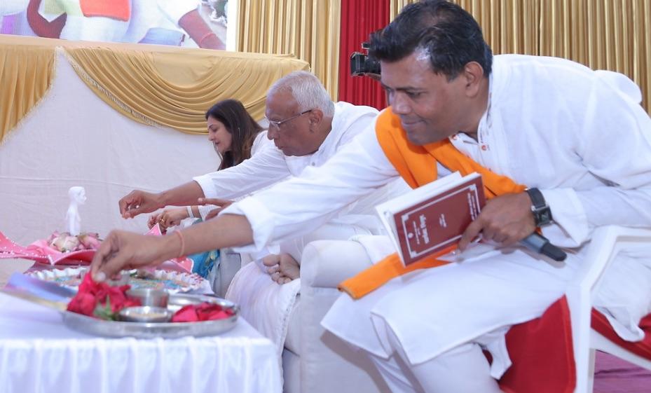 Raj Mandir Pratishtha 19.jpg