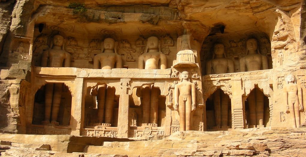 Jain temple Gwalior.jpg