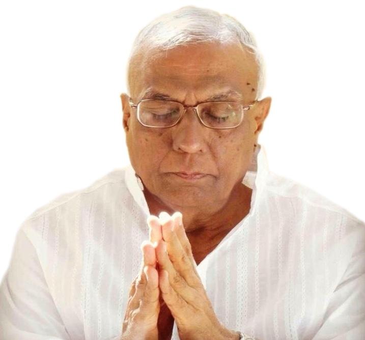 Bhaishree hands in prayer.jpg