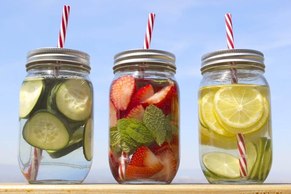 detox spa water strawberry mint lemon lime cucumber 35