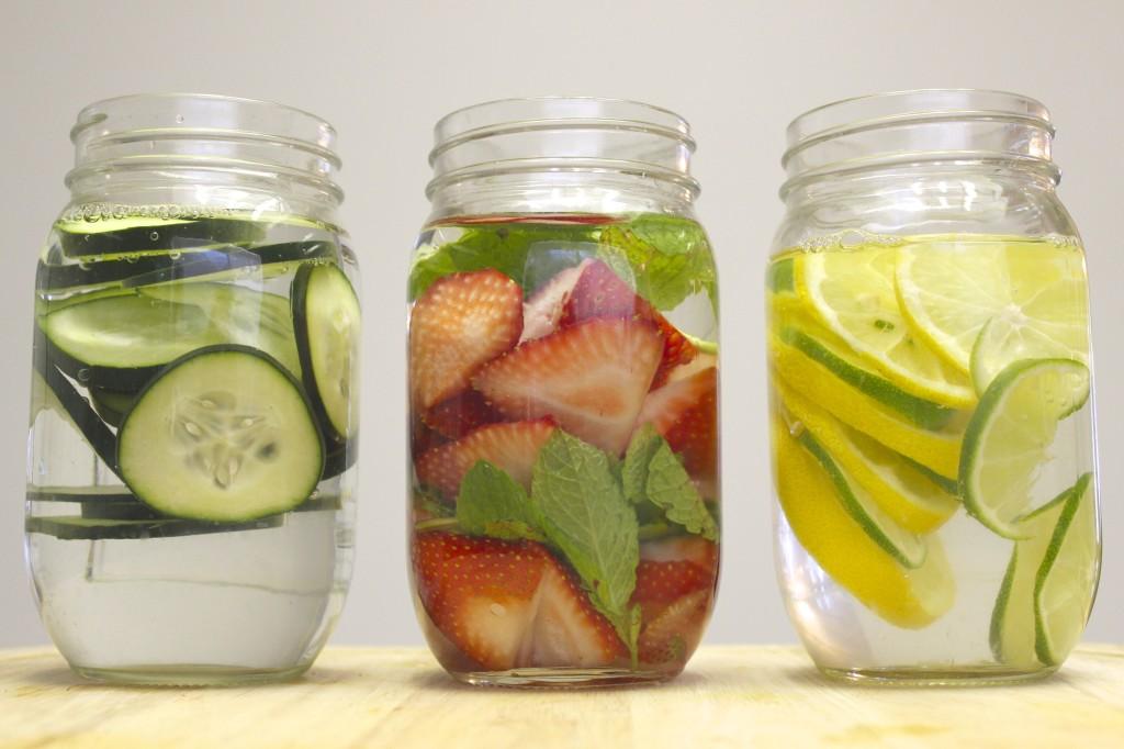 detox spa water strawberry mint lemon lime cucumber 17