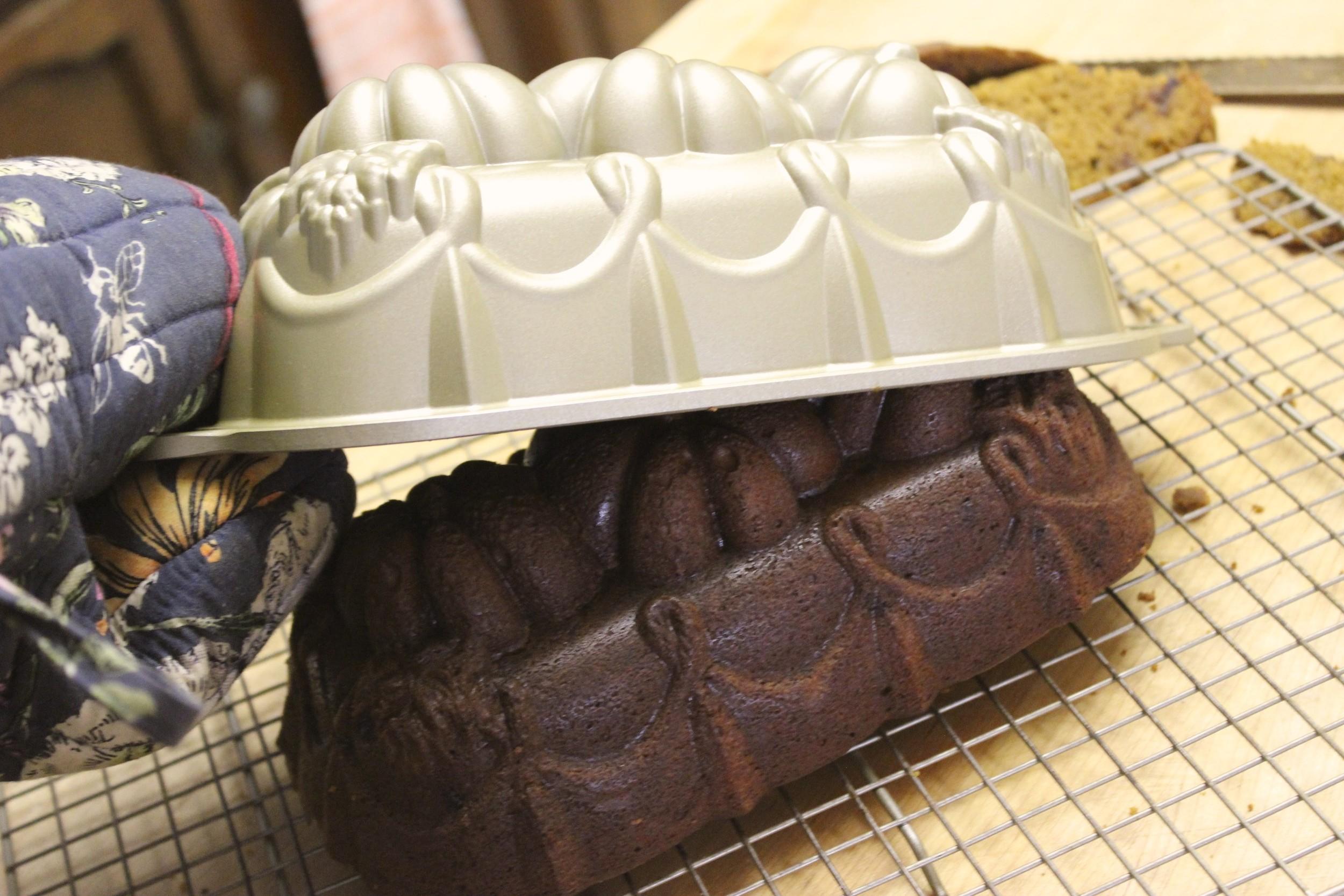 pumpkin date bread 12.jpg