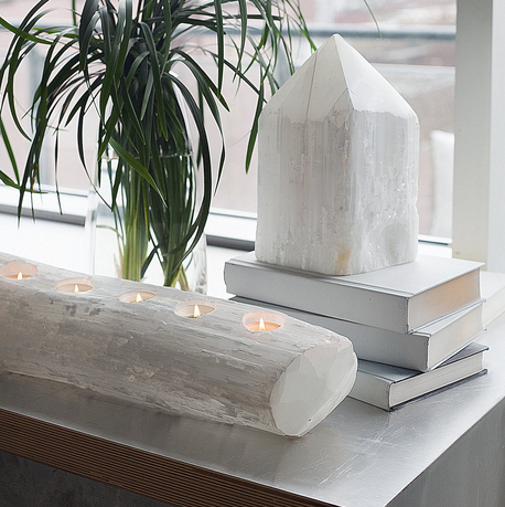 Info & Images of Selenite provided by our vendor resource.