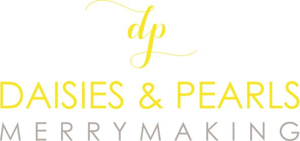 daisies & pearls - Main Logo.jpg