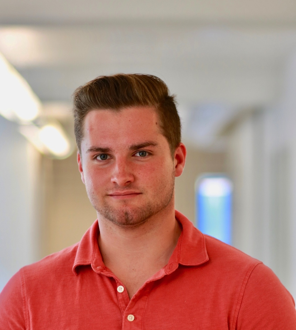 Max Klapow   Strategy    Major: Philosophy-Neuroscience-Psychology