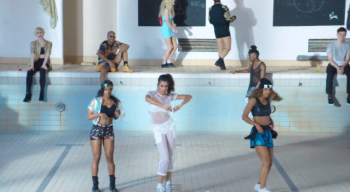 Perspex Beanie - AlunaGeorge - You Know You Like It Video (Styled by Kim Howells)