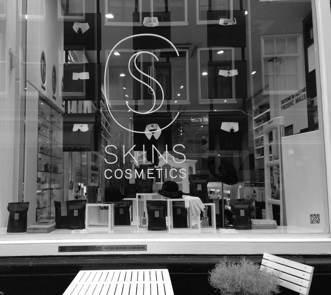 Skins Cosmetics, Amsterdam