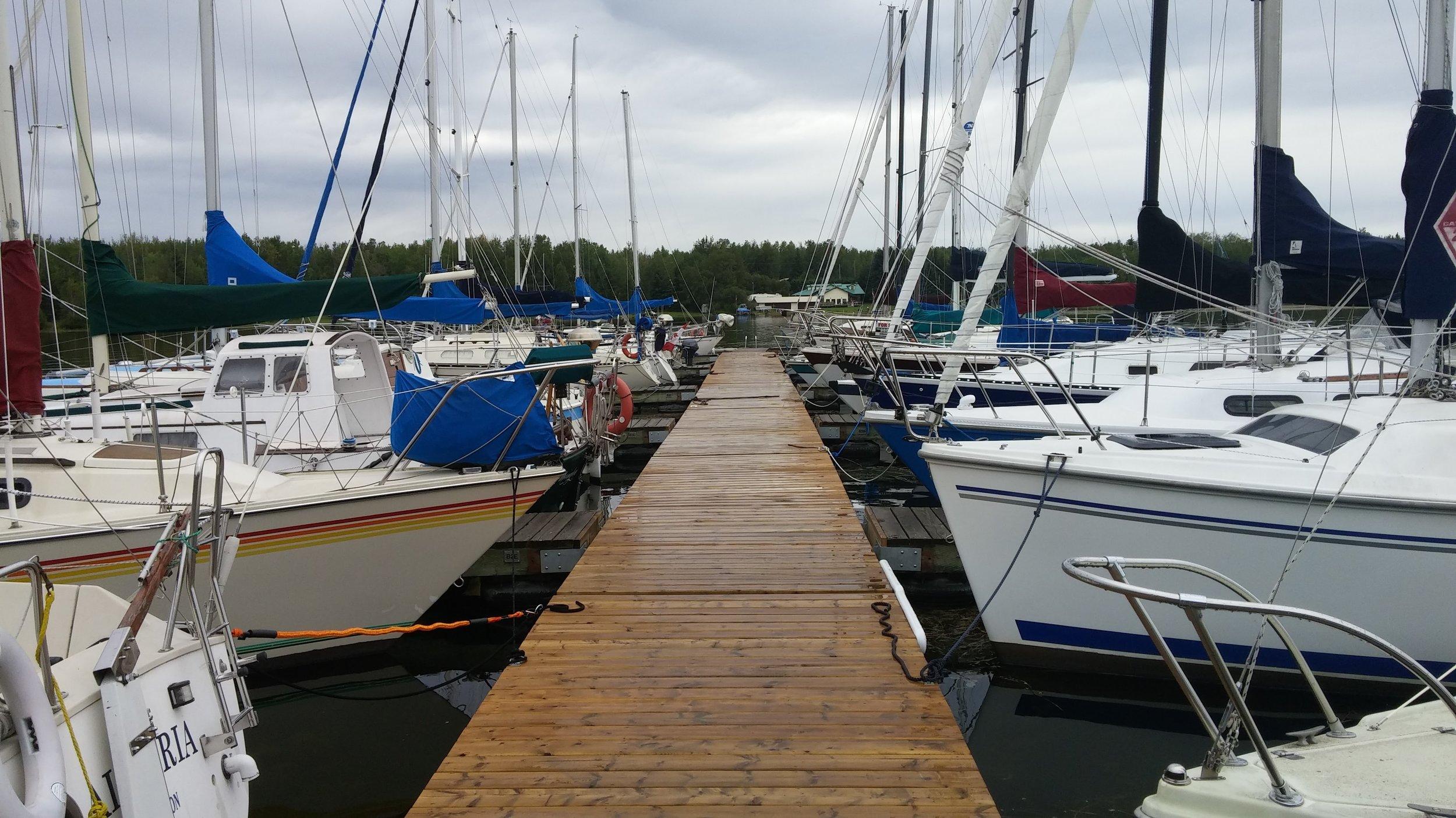 Sunshine Bay Yach Club dock