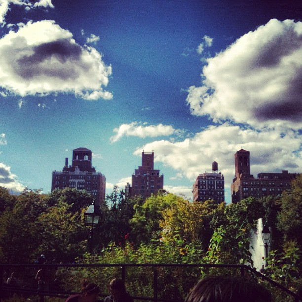 Finally, my first nice day in New York. Worth remembering! (Taken with  Instagram )