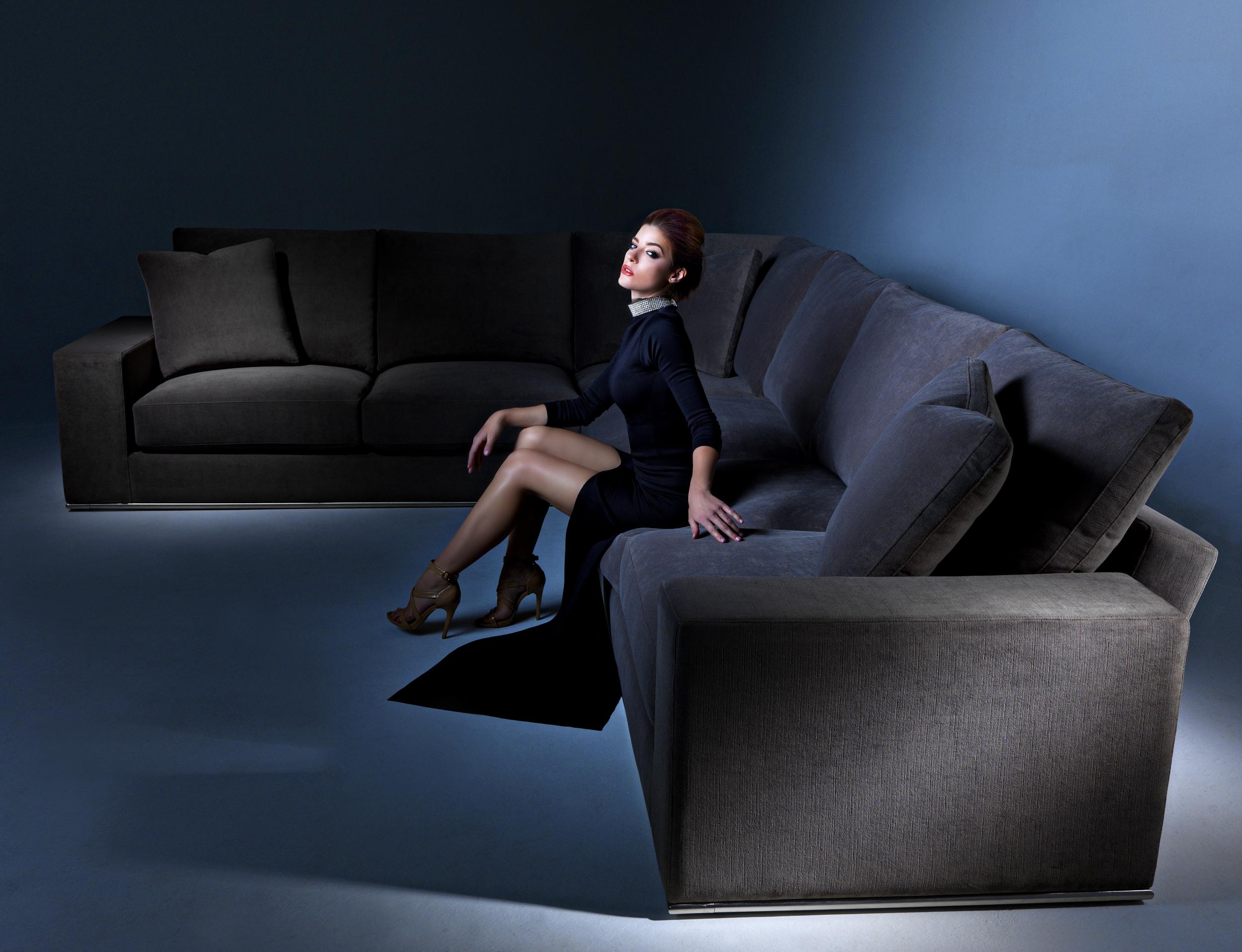 RC Furniture 040716_1787.jpg