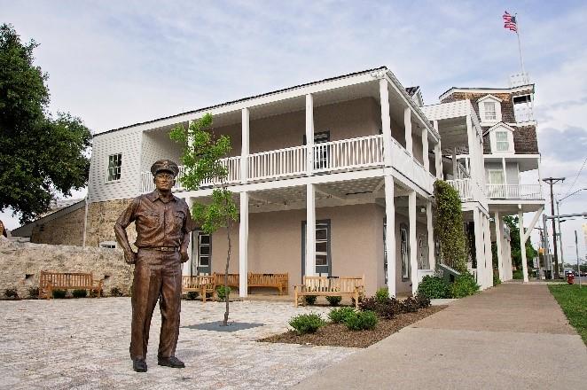 National-Museum-of-the-Pacific-War_Admiral-Nimitz-Museum_Hotel.jpg
