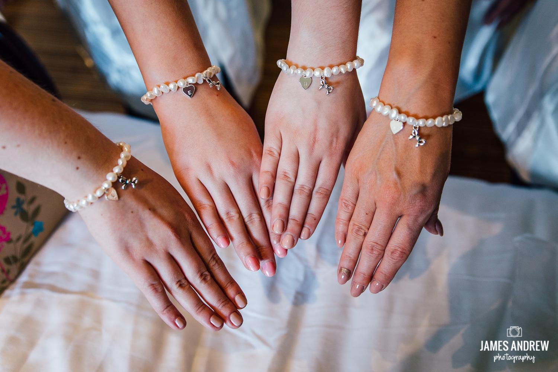 Bridal gift bracelet