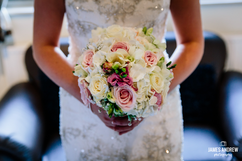Bridal flowers de vere cranage hall cheshire