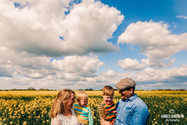 Summer outdoor family shoot