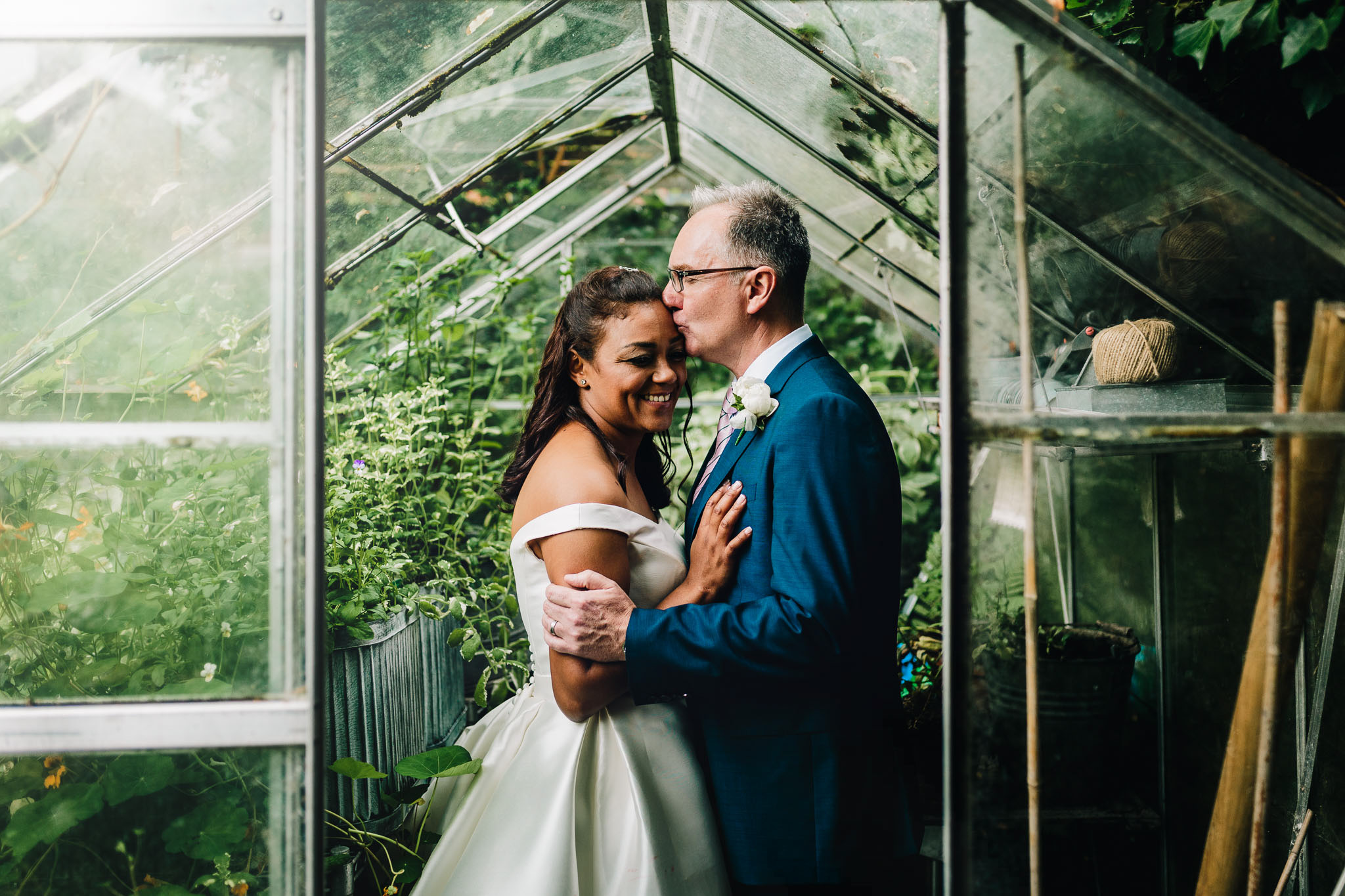 BEST STAFFORDSHIRE WEDDING PHOTOGRAPHER-11.jpg