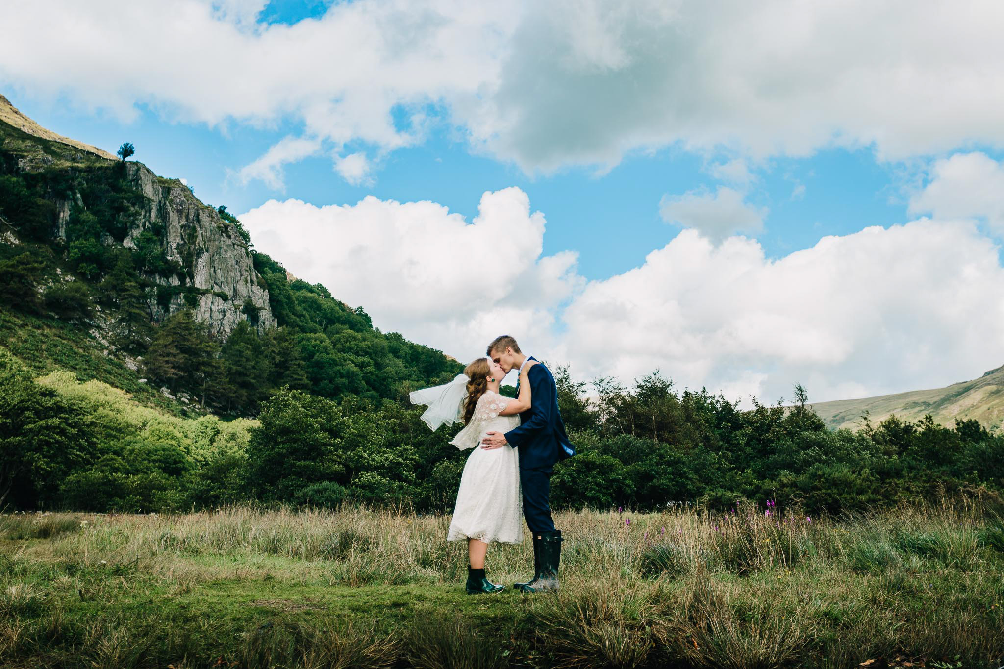BEST STAFFORDSHIRE WEDDING PHOTOGRAPHER-16.jpg