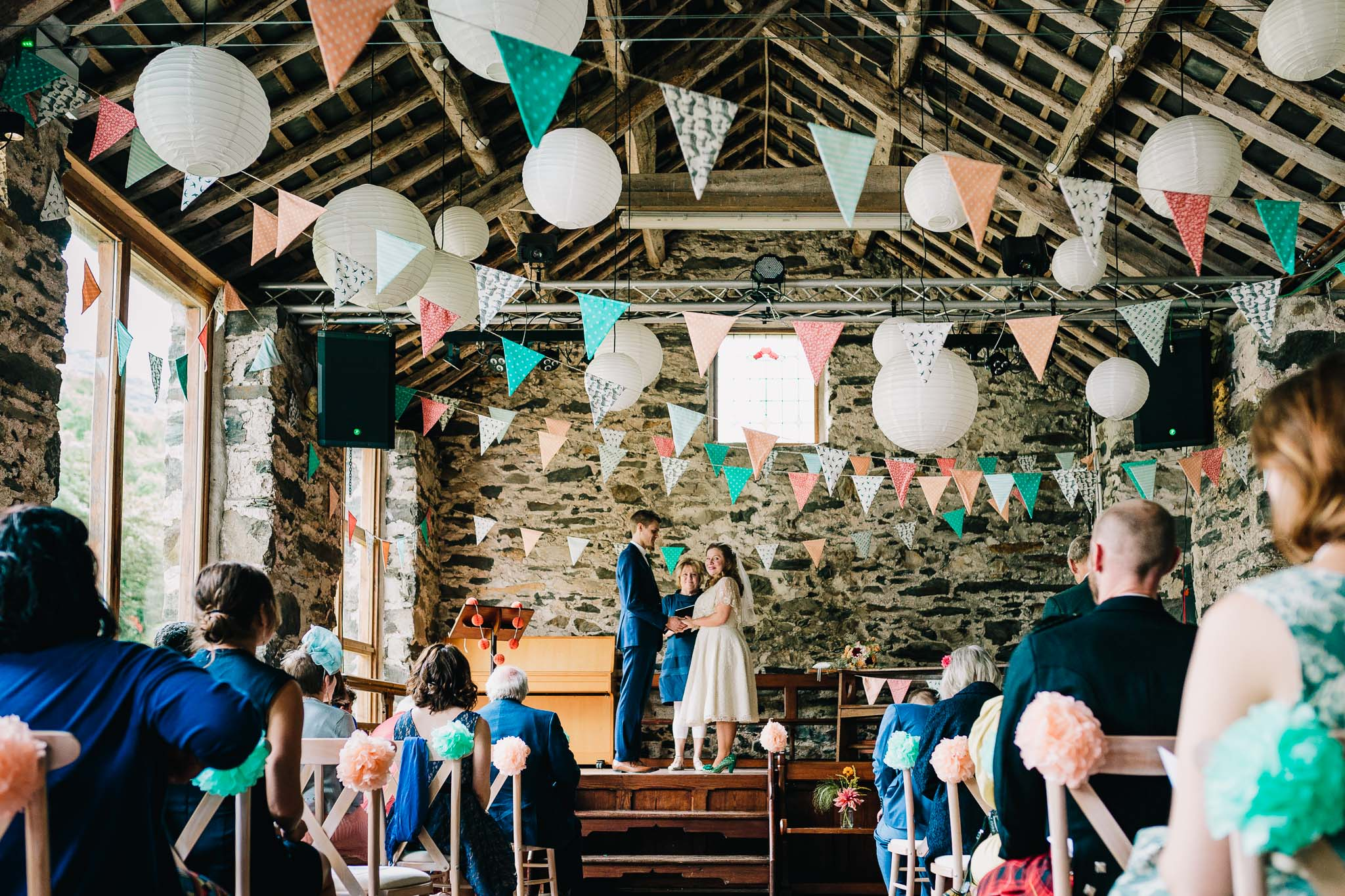 NORTH WALES RUSTIC BARN WEDDING LLYN GWYNANT