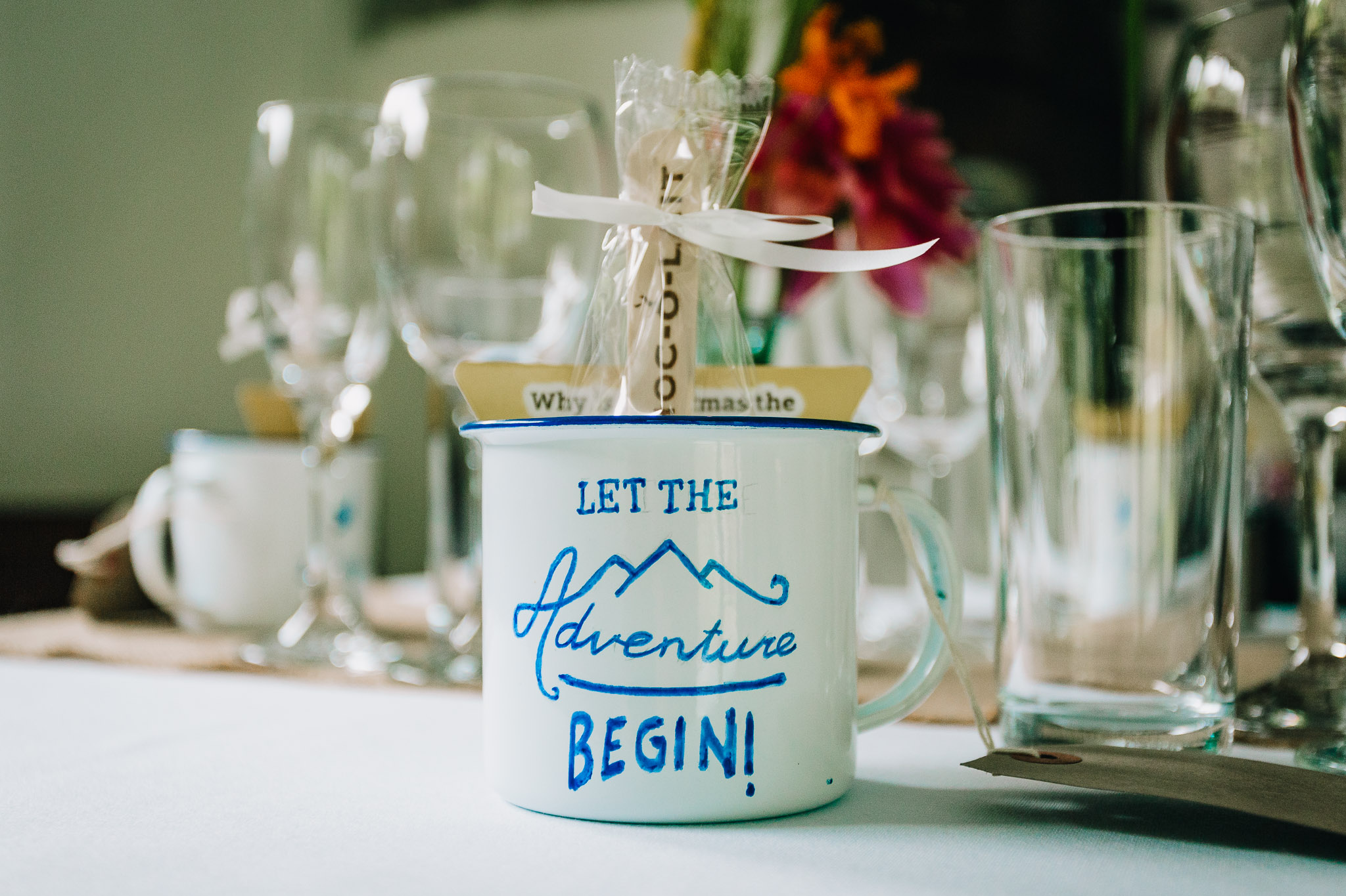 WHITE TIN CAMPING MUG WEDDING FAVOUR SAYING LET THE ADVENTURE BEGIN