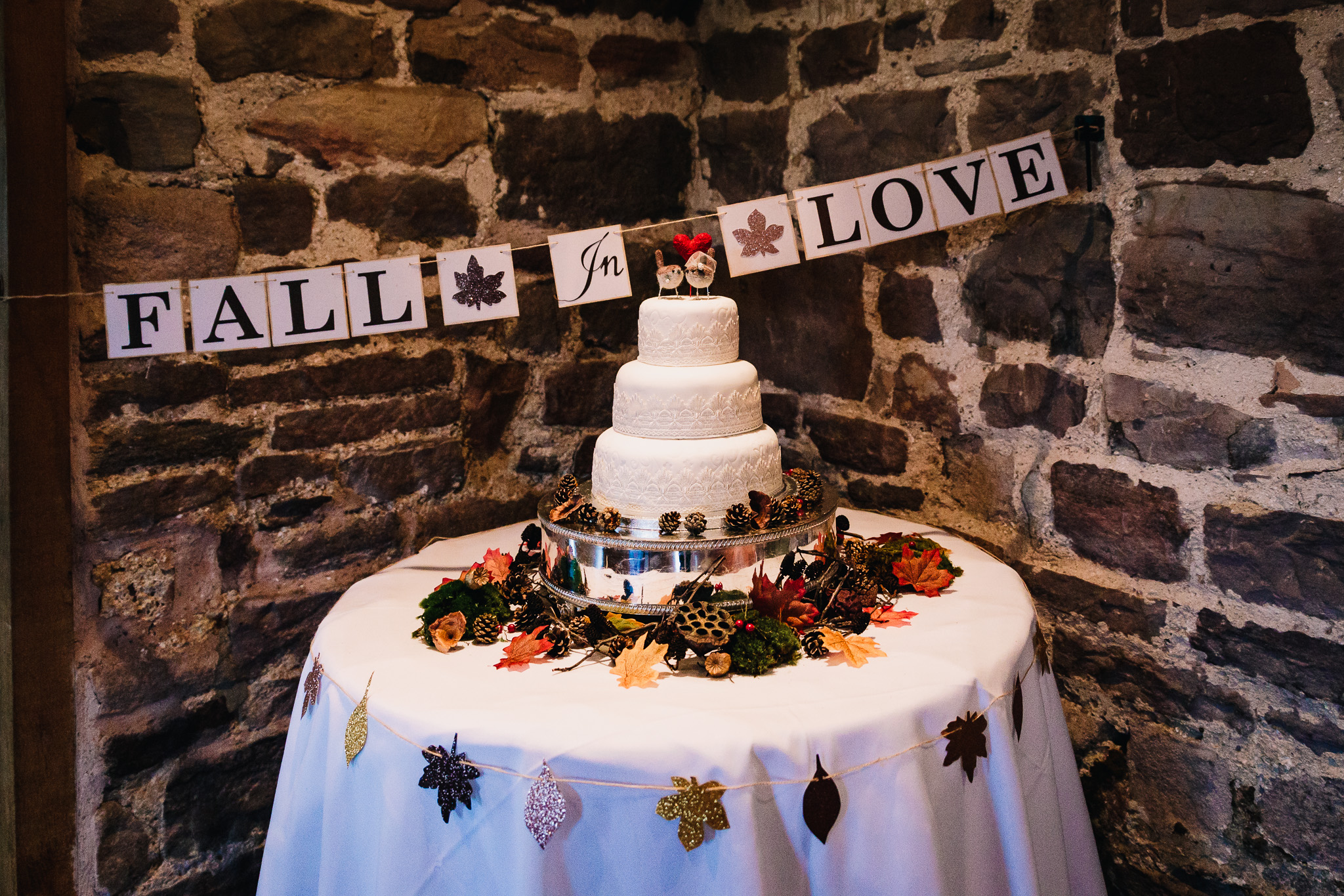 AUTUMN THEMED WEDDING CAKE WITH ROBIN