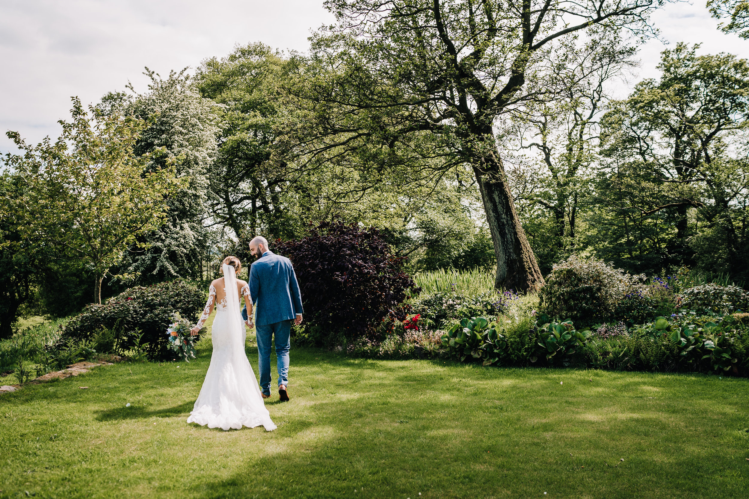 COUPLE PORTRAIT BY JAMES ANDREW PHOTOGRAPHY