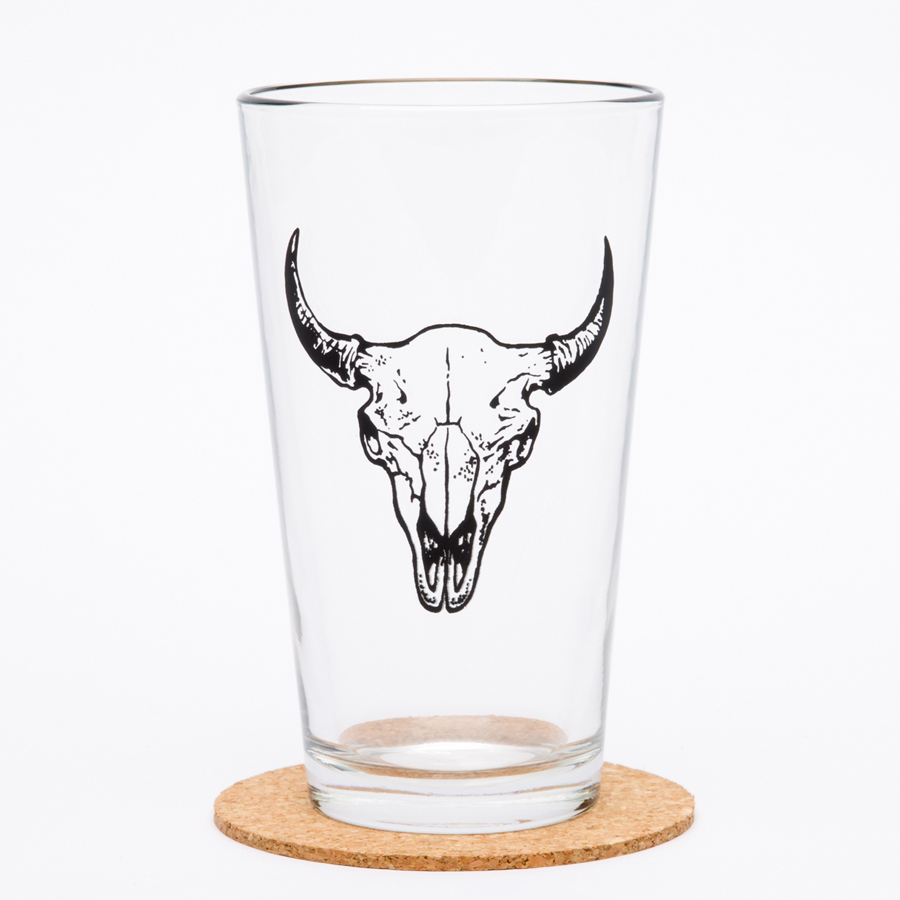 $11.99 BUFFALO SKULL PINT GLASS