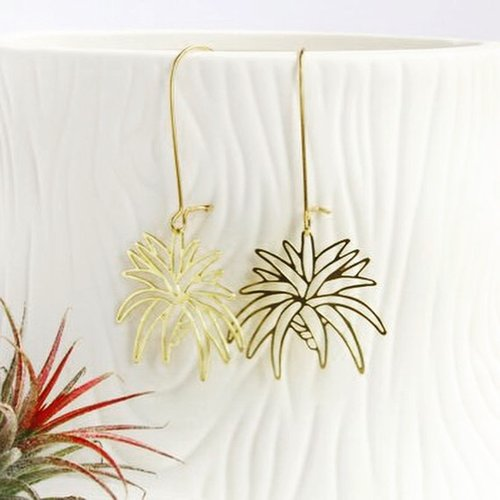 $21.99 AIR PLANT EARRINGS