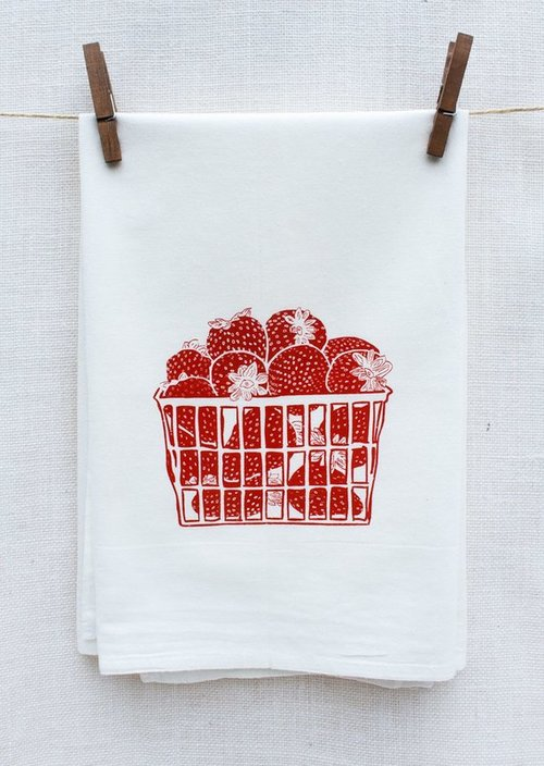 $14.99 STRAWBERRY BASKET KITCHEN TOWEL