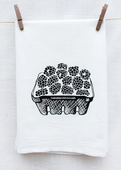 $14.99 BLACKBERRY BASKET KITCHEN TOWEL